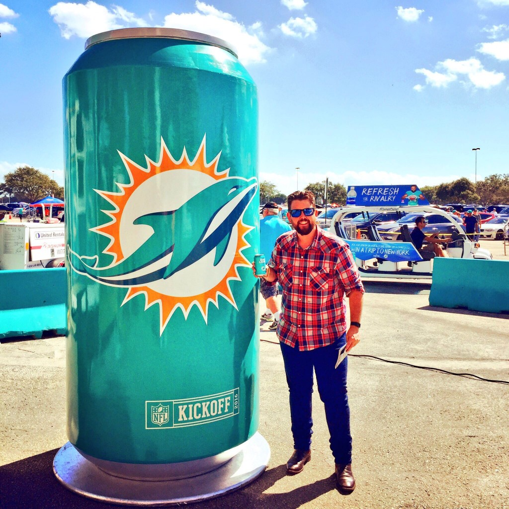 Dolphins Beer $2